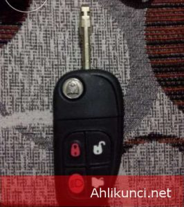 Untuk Jaguar XJ8 X Type S Type folding Casing Remote Casing Remote Mobil 4 Tombol Untuk Jaguar XJ8 X Type S Type folding Mobil 4 tombol