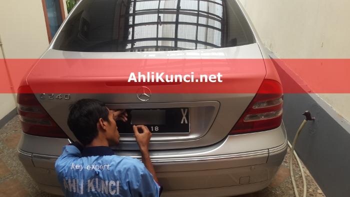 Ahli Kunci Mobil Semarang